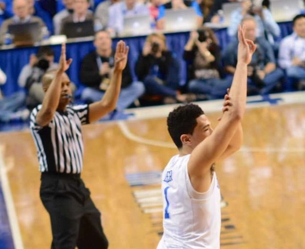 Devin Booker may have had a three point gesture at Kentucky but he
